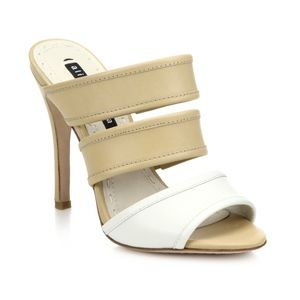 Alice + Olivia Graciella White and Tan Heeled Sand